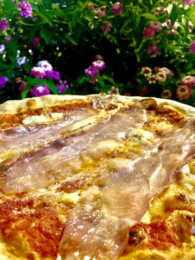 Giulio's Pizza